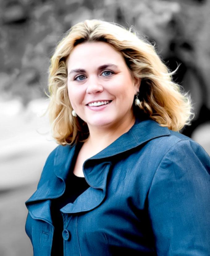 Abogada Laura de Reislaw